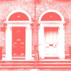 Sabes lo que dicen de las casas con dos puertas